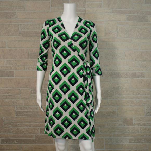 03d1a525fbd8 Diane Von Furstenberg Dresses   Skirts - DVF Vintage Julian Wrap Dress Geo  Cube Silk Sz